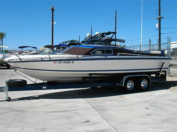 1980 24 Spectra V Drive Day Cruiser 16 900 Call 800