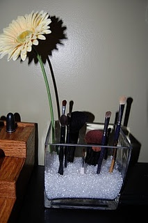 brush holder- this is amazing!: Makeup Brushes Storage, Crafts Ideas, Brushes Holders, Cute Ideas, Organizations Makeup, Crafts Beads, Make Up Brushes, Makeup Organizations, Paintings Brushes