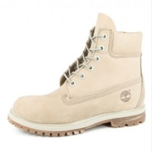 Cream Timberland Boots READ DESCRIPTION FOR THE SIZE  Authentic Timbs for sale! Bought it for $100 here 3 months ago and used it trice on my vacation.  It says Size US 5 but I'm a true to size 8 (women) and they fit, just a little tight so I would recommend size 7 or 7.5 so I listed 7.5 :)   They're in a great condition! I hate to let them go but I I'm moving to Canada. My items are available until May 10. Selling everything for a low price.  Signs of wear: On the bottom and a little dust…