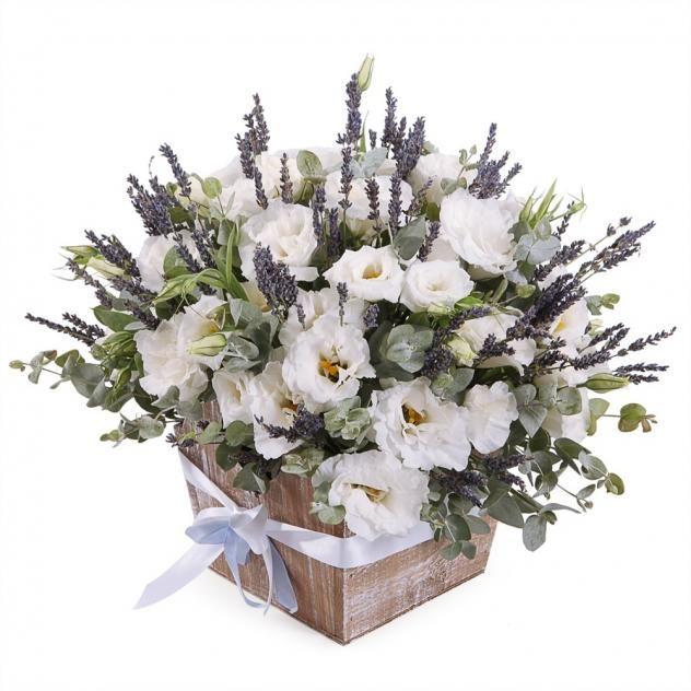 Букет Из Парижа с любовью, Артикул: А203619. Курьерская доставка цветов на заказ: домой, в офис, в другой город. Прием заказов через интернет в Москве