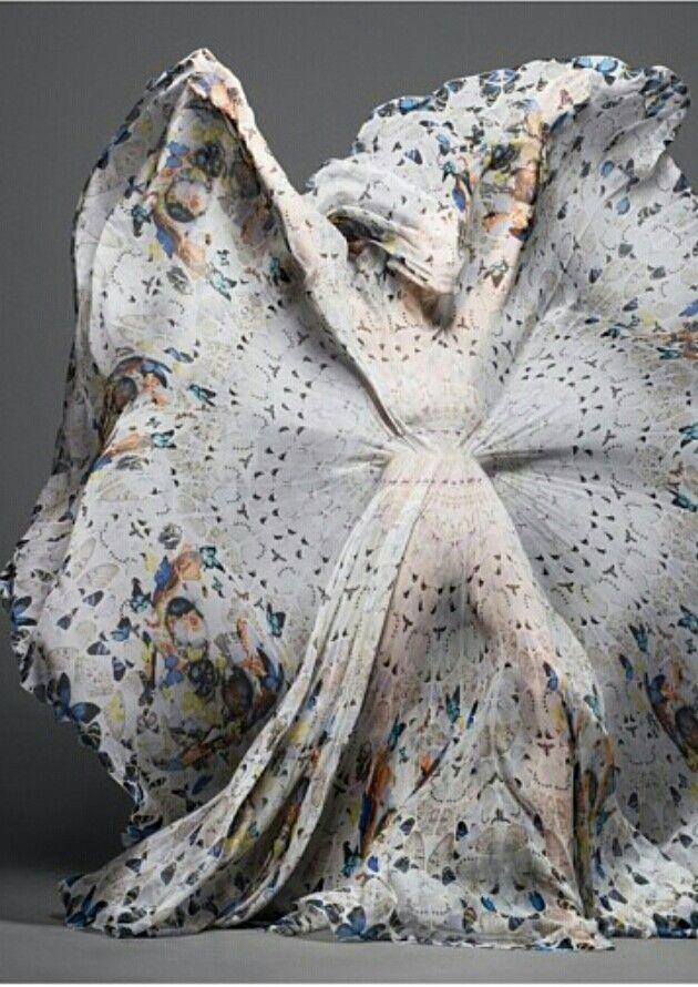 Damien Hurst and Alexander McQueen | cynthia reccord