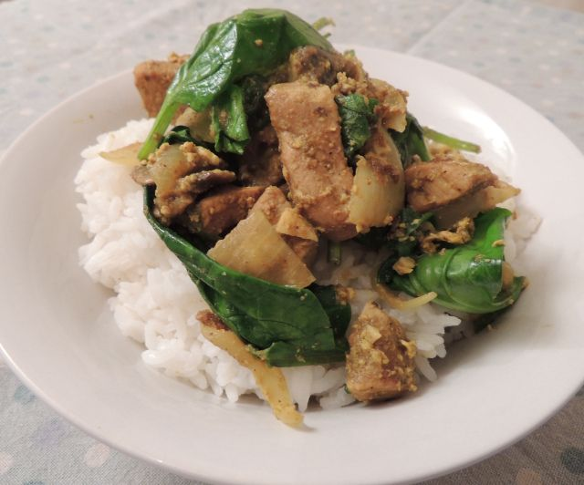 Pork and spinach curry