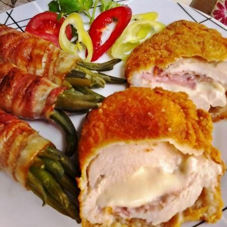 Mozzarellával töltött csirkemell baconös zöldbabbal Recept képpel - Mindmegette.hu - Receptek