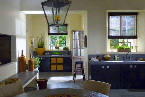 The Holiday Movie - Cameron Diaz House kitchen
