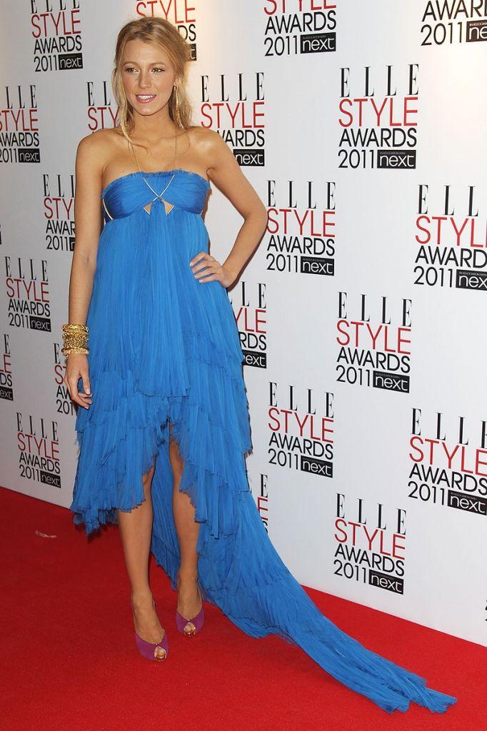Mavi Elbise ♢ Mor Ayakkabı - MODA GÜNÜ