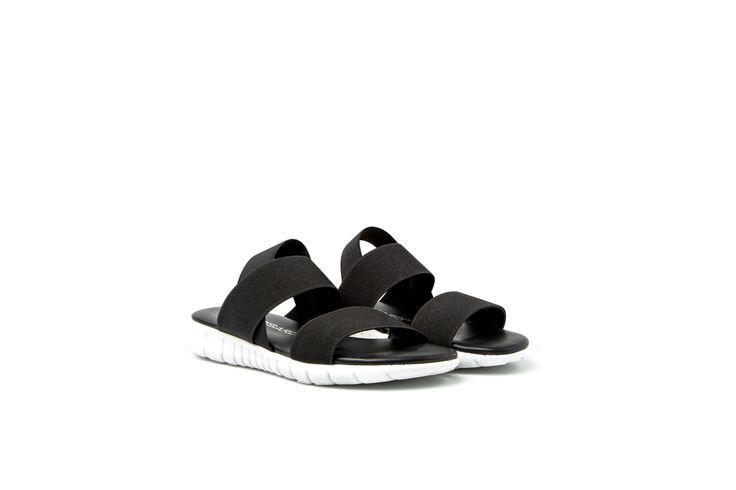 ALCEA sandali con fasce stretch e suola flessibile sportivi http://shop.nrrapisardi.it/shop/alcea-sandali-piatti/ #nrrapisardi #rapisardi #sandals #sporty #blacksandals #flex #flats #blackandwhite #stretch #elastic