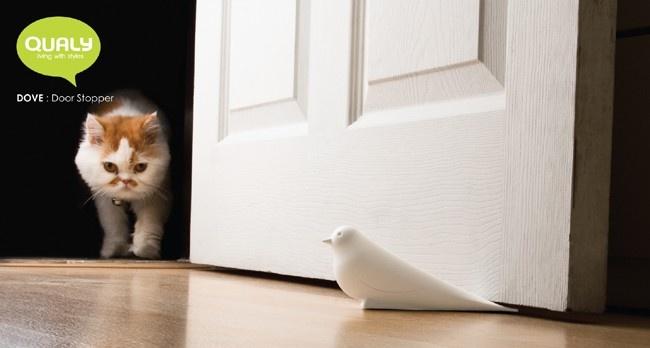 DOVE DOOR STOPPER white