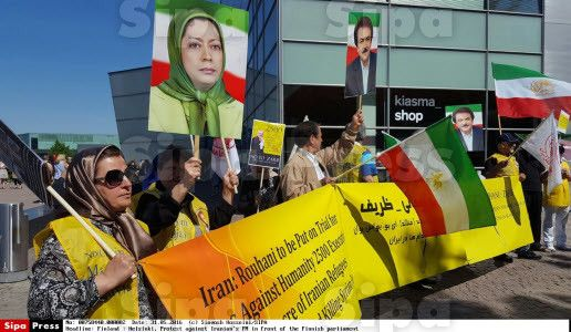 Finland : Helsinki, Protest against Iranian's FM in front of the Finnish parliament - news - Sipa Press: A Window on the World. Press Agency