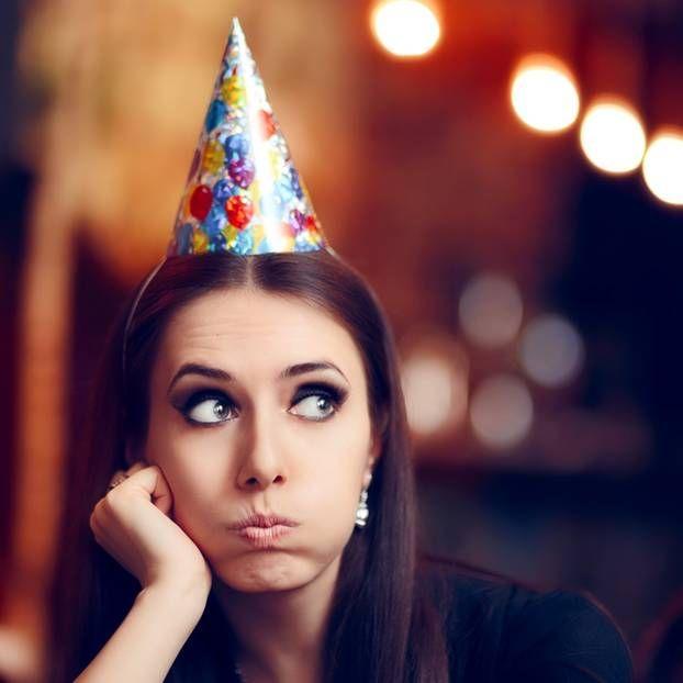 Es gibt Menschen, die gehen auf eine Party, auf der sie niemanden kennen - und die haben überhaupt kein Problem damit. Für die meisten von uns ist es jedoch der Albtraum!