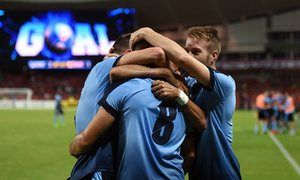 Sydney FC stun Guangzhou Evergrande as Melbourne Victory draw in Japan