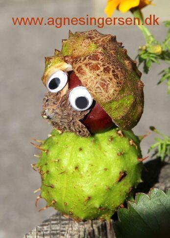 Kastanjepindsvinet er også en ny komponeret ide som lige er landet på bloggen hvor du kan finder vejledningen.  Husk at give mig noget credit, når du bruger mine ideer, her finder du pindsvinet: http://agnesingersen.dk/blog/kastanjepindsvin15 - Easy kids crafts chestnut - Kinderbastelideen Kastanien