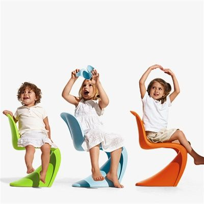If I get a kid, is the mini-Panton Chair included, then?