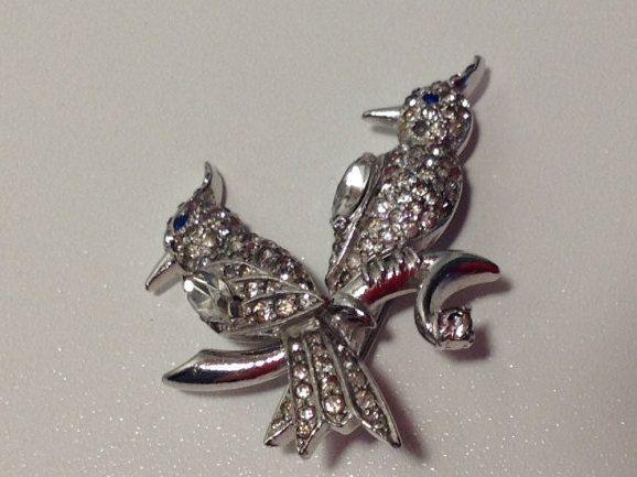 Vintage Dramer Brooch, Pair of Lovebirds, Fine Crystal Pave by VintageGreatandSmall on Etsy