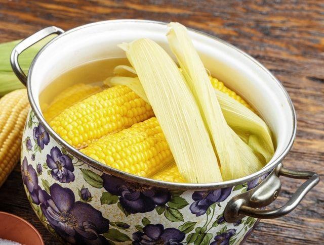 Mais bitte! Így lesz tökéletes a főtt kukorica | Mindmegette.hu