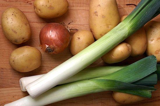 Potato-leek gratin. (Photo from http://pinchmysalt.com/a-hearty-potato-leek-soup-recipe-for-the-last-days-of-winter)