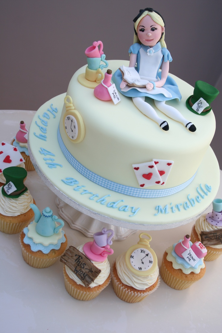 74 best Alice in wonderland cakes images on Pinterest | Anniversary ...
