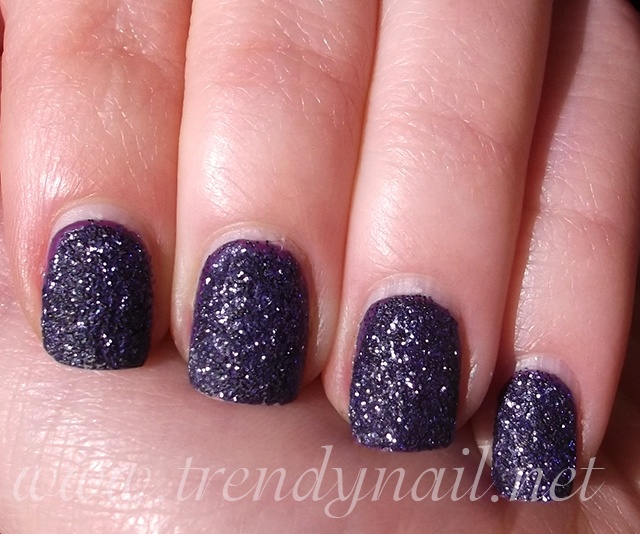 Trendy Nail: Nuovi trend: effetto sabbia liquida sulle unghie... fai da te