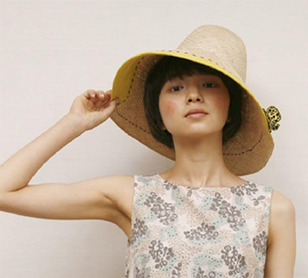 Mina Perhonen - hat.