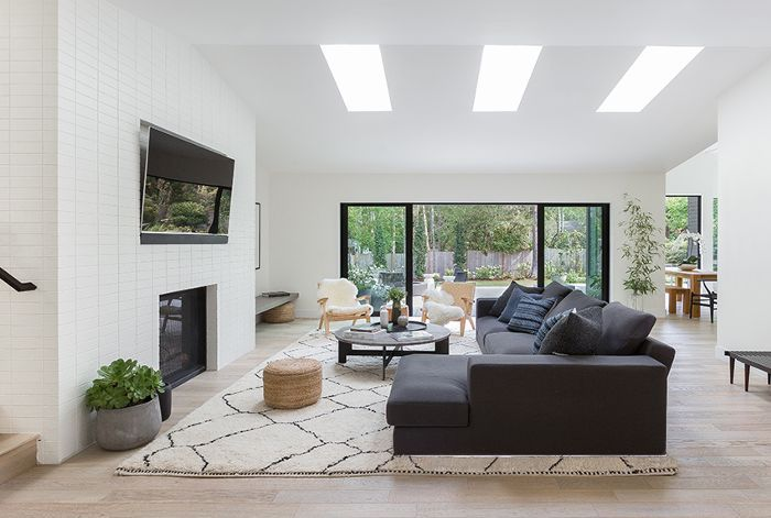Take A Peek At A Stunning Modern Scandinavian Remodel Boasting Clean Lines And Stre Family Room Design Living Room Scandinavian Scandinavian Design Living Room