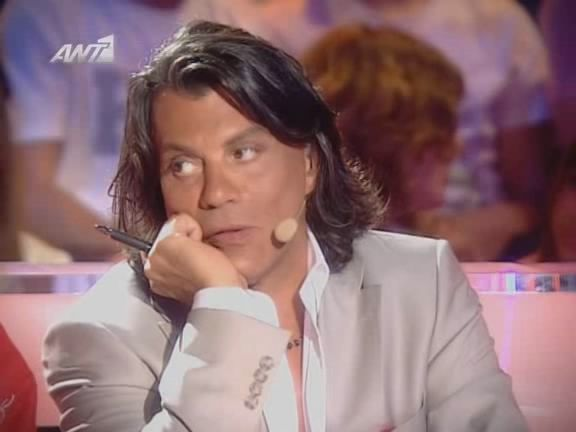 Ilias Psinakis / Ηλίας Ψινάκης as judge in famous Greek TVshow #psinakis #ψινάκης