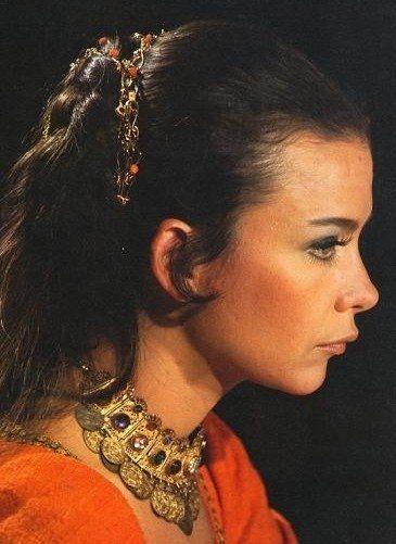 Τζένη Καρέζη: «Γκρο πλαν» στη σπουδαία πρωταγωνίστρια | Lifestyle News | Agelioforos.gr