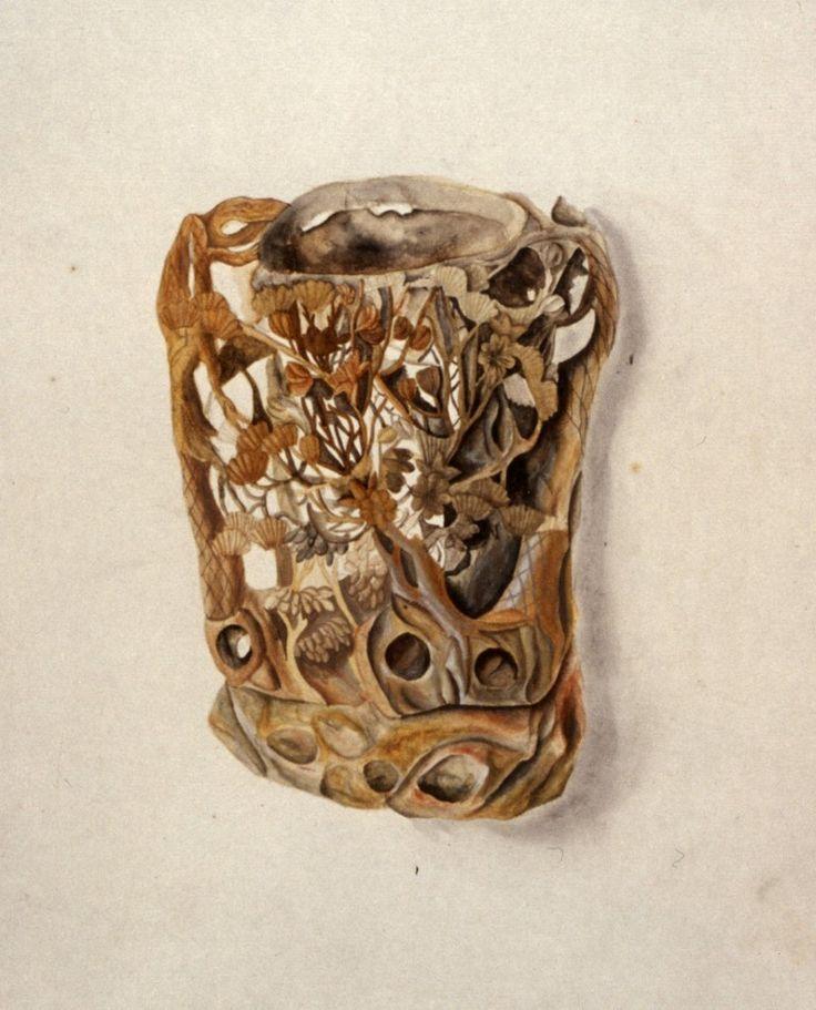Реконструкция экспозиционных шкафов Кунсткамеры XVIII в.Чаши китайские, изготовленные  из китайского алебастра, мрамора, разноцветного индийского камня