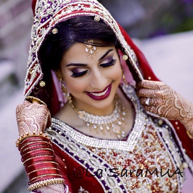 One of my fave Pakistani wedding captured! Check out my website in my bio ❤️ to @aishaa712  #makeupartist #motd #lotd #mua #makeupaddict #mac #makeuphoneys #makeupgeek #igmakeup #instamakeup #makeupdolls #makeupmobb #instaglam #makeuplover #ilovemakeup #makeupbyme #makeup #beauty #beatthatface #iloveigmuas #beautyguru #instamakeup #glam #weddings #brides