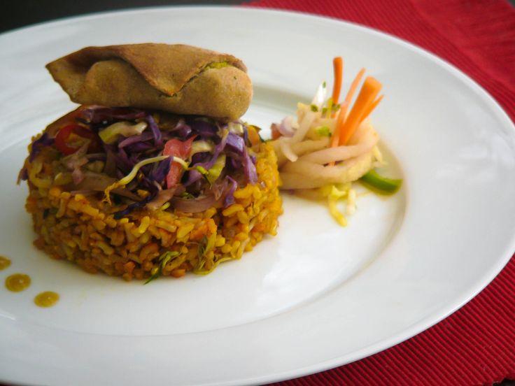 Restaurante Vegetariano Cucuta - Cúcuta Pangea Natural Life Gourmet Todos los Miércoles acompáñanos a un viaje gastronómico por Asia, y sorpréndete con la frescura de sus ingredientes. Síguenos en Twitter @pangeanatural  Visitamos! para Domicilios al 5774729 - 3224311014
