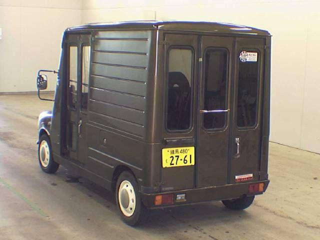 Mini Mira walkthrough van