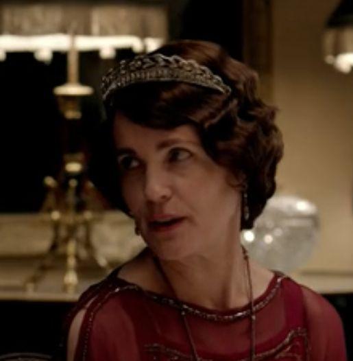 Cora In A New Tiara For Season 4 Tiaras Of Downton Abbey