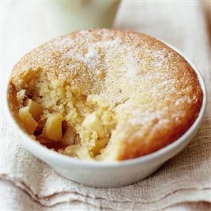 Pwdin Eva (Eve's Pudding) is a classic Cymric (Welsh) recipe for a classic dessert of stewed apples topped with a thick egg, milk and flour batter that's oven baked until set.
