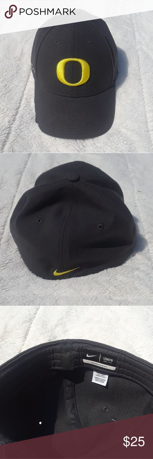 Oregon Ducks Nike Hat NIKE dri fit Oregon Ducks hat One size fits most In like new condition Nike Accessories Hats