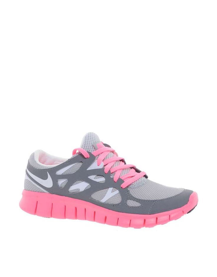 Nike Free Running ....want these shoes!! Saw some chic at the gym today with these babies on... NEED!!!! <3