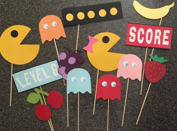 PAC MAN photo booth props: Ol school video by flutterbugfrenzy