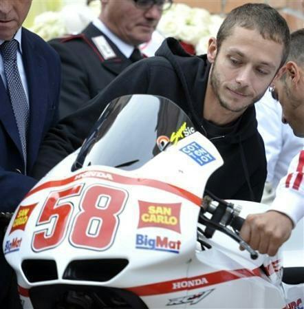 Rossi remembering his friend Simoncelli