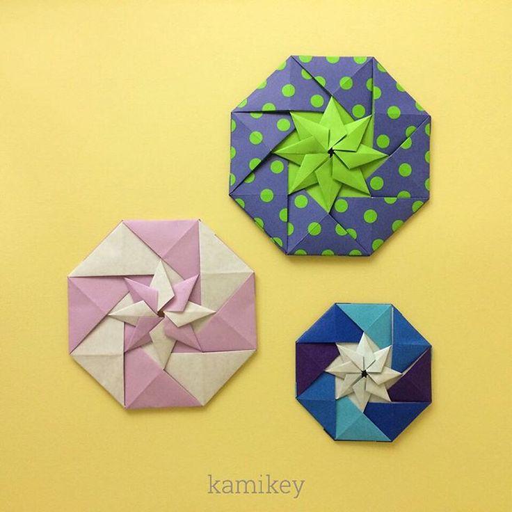 """Nov.9. 2015 「折り紙の星・カペラ」 のりなしで組めます^ ^パーツもびっくりするくらい簡単ですよ😬 そういえば、前回の「レダ」は、始めは角にぴったり合うようにのり付けして組みたてていたのですが、そうすると最後がかなりズレてしまう…色々試して少し角からずらすようにしたらうまくいったのでした😆 折り紙の厚みもあるので、組み合わせの作品は難しいです〜(@_@) ⭐︎ 作り方動画はYouTube のkamikey origami チャンネルにて公開中⭐︎ Origami Star Capella Designed by me eight pieces of paper,  a paper clip  Tutorial on YouTube """"kamikey origami """" #折り紙#ハンドメイド#origami"""