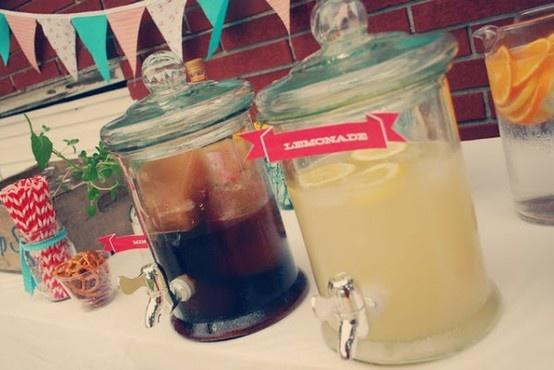 Simple afternoon tea wedding menu | Offbeat Bride iced tea and lemonade