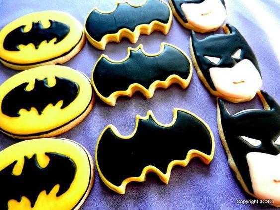 Amazing Batman cookies for a superhero birthday party. Yum!