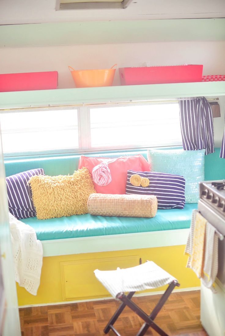 Retro camper curtains - The Modish Manor The Recover Vintage Camper Projects