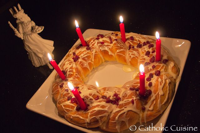 DEC 13 ST LUCIA  Catholic Cuisine: St. Lucy wreath cake recipe