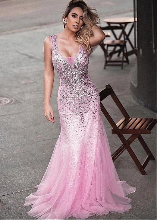 [213.00]  Brilliant Tulle V-Neckline Mermaid Evening Dress med pärlor