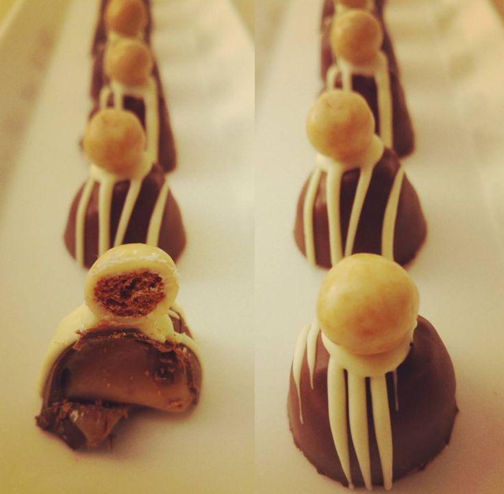 Bonbons van pure chocolade met een romige vulling met zoethout extract!