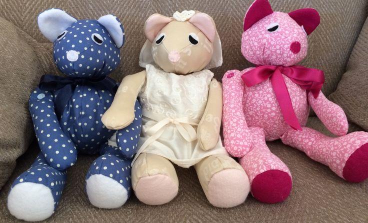 Lots of handmade teddies