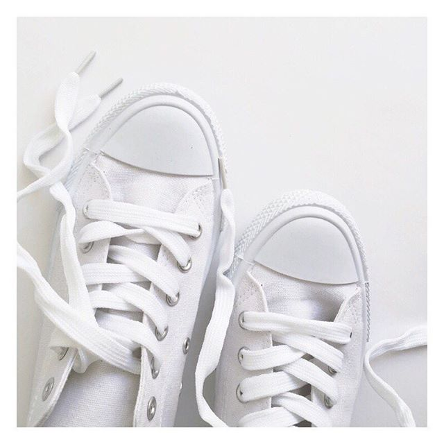 At a first glance you'd possibly think Converse, am I right? Well actually these clean white babies are just $10 from @kmartaus. I've been a chuck lover all my life, but decided to try these pretties on the other day, and you know what, they're actually super comfy!