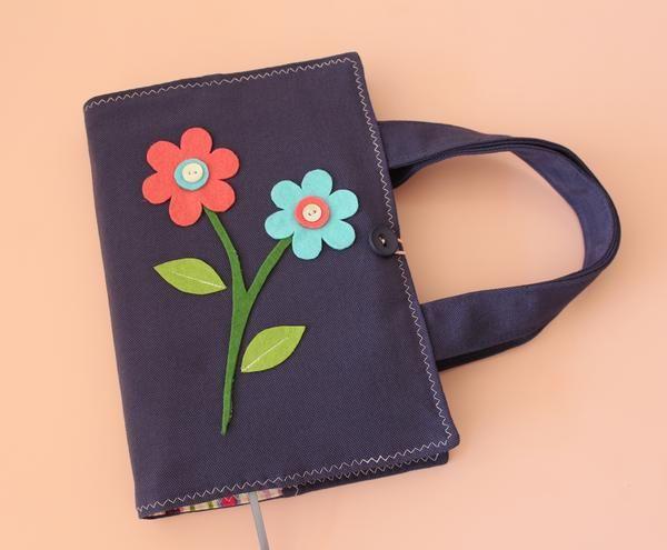 Çiçekli Kitap Kılıfı