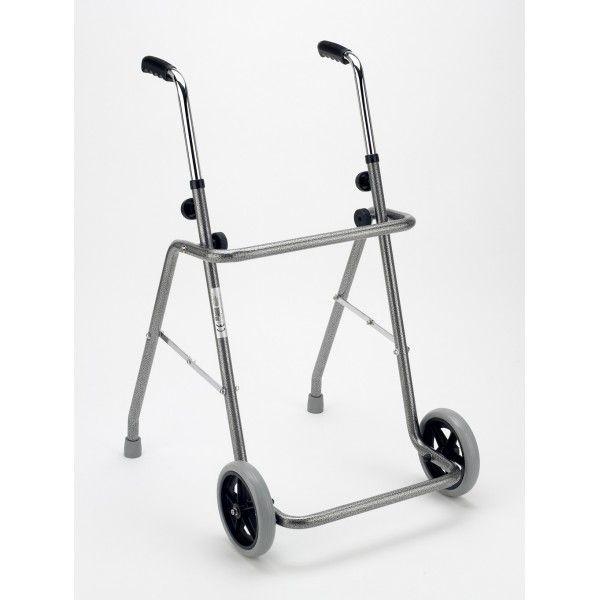 ANDADOR - REF: A136: Este andador es plegable con ruedas delanteras. Se adapta a la altura del usuario.