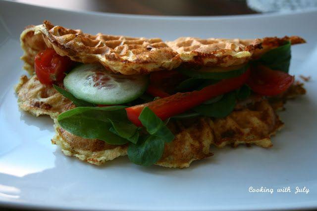 Jeg kikket gjennom min tidligere matblogg Cooking with July,og fant en oppskrift jeg har valgt å gi navnet «proteinvafler» (på grunn av innholdet av egg og cottage cheese). Oppskriften…