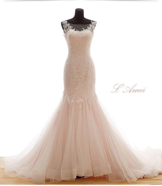 Beautiful Classical Mermaid Blush /Soft pink Lace Wedding Dress Bridal Gown with bling