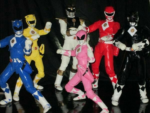 Custom 12inch MMPR Movie Power Rangers Custom Action Figures by:SickSixth - Absolutely adore this group shot set up! #∆∆shani