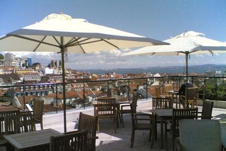 The other side of Africa: Bar EntreTanto do Hotel do Chiado, Lisboa